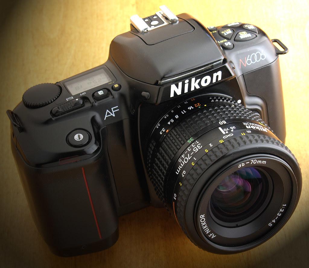 Nikon N6006 Autofocus 35mm - 1990