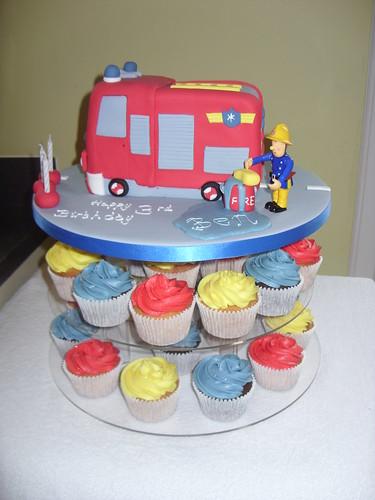 Fireman Sam Cake (Jupiter) & Cupcakes