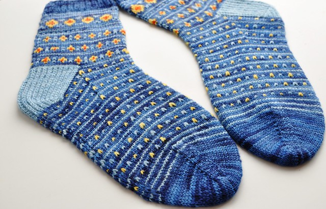 Theme & Variations socks-done-7
