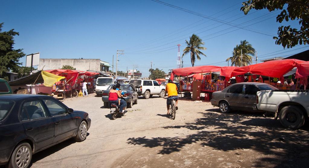 Guatemala_Street_2