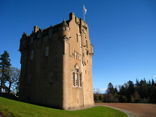 Waiting for spring at Crathes Castle