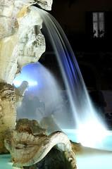 la finestra sulla fontana (Angelo Antonelli (aantonelli)) Tags: rome roma window water fountain night finestra acqua fontana piazzanavona fontanadeifiumi navona notturno nci blinkagain