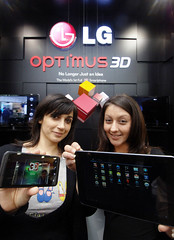 LG OPTIMUS 3D USHERS IN A NEW ERA FOR SMARTPHONES