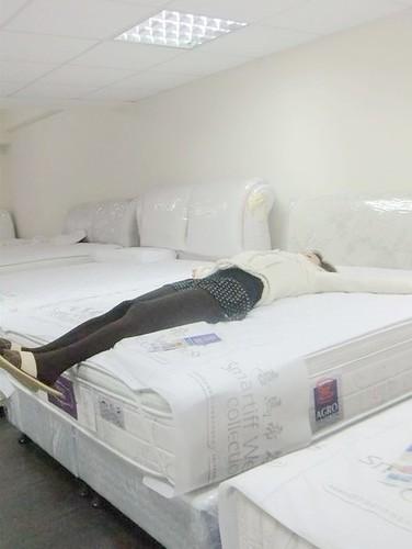 空姐推薦-挑選床墊,悅夢の床坊 –「感謝美麗喵小右的床墊推薦」5