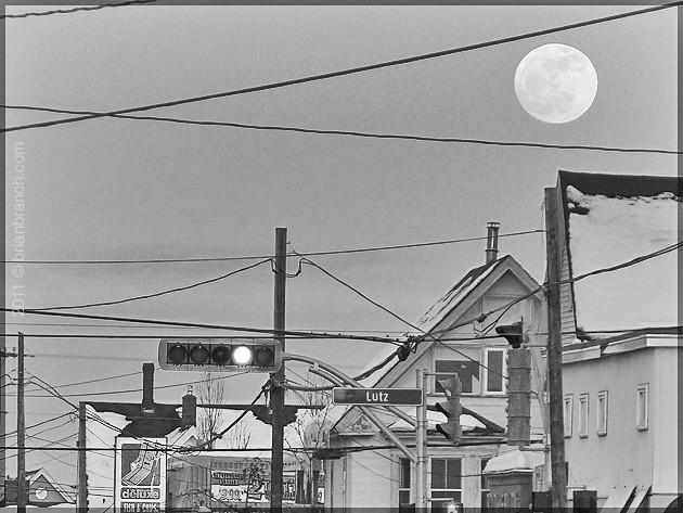 P1140245_full_moon