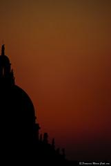 untitled (Francesco Maria Conti) Tags: venice sunset statue nikon tramonto basilica salute chiesa 200 cupola mm nikkor 55 venezia cappella d80