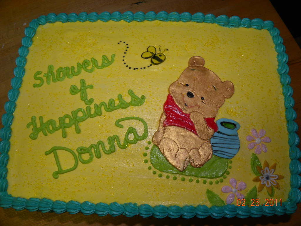 Baby Pooh Shower cake