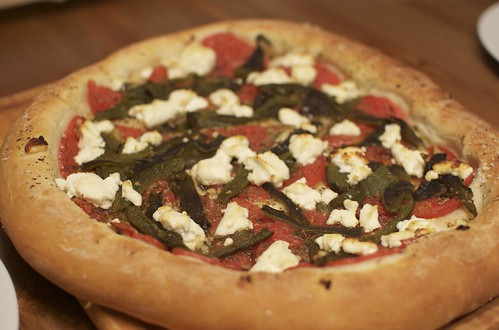 Pizza with poblano, tomato, goat cheese