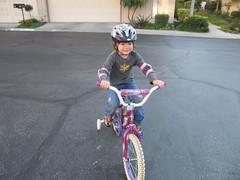 IMG_4240.JPG (uberfrau) Tags: california bike unitedstates helmet mina biking lancearmstrong trainingwheels bicyle ranchopalosverdes eyefi