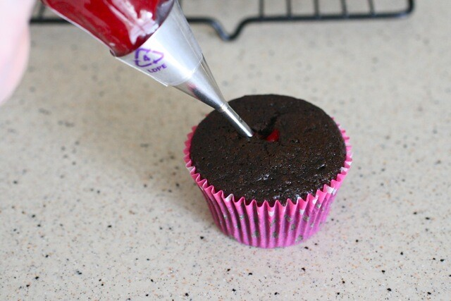 Filling Cupcakes With Pastry Bag Pastry Bag if The Filling