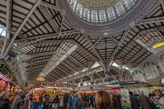 Central Market  Mercado Central, Valencia (Spain), HDR (marcp_dmoz) Tags: people espaa food valencia architecture photoshop spain arquitectura essen nikon gente market map comida central modernism menschen personas mercado dome buy handheld architektur nikkor s