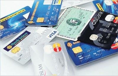 Orang muda mesti ada kad kredit, betul ke?