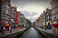 De Wallen, Red Light District (II). Amsterdam (Abariltur) Tags: amsterdam spain netherland redlightdistrict castelln canales canalhouses dewallen barriorojo nikond90 afsdxnikkor1024mmf3545ged abariltur enero2011 eldistritorojo