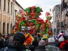 SL701392 (i_Bluesky) Tags: show carnival flowers ct il di sicily fiori carnevale bel carta catania sicilia carri aci maschera acireale manifestazione pesta pi allegorici grottesco infiorati ibluesky acese