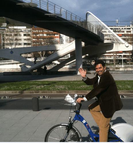 Paseando en Bici por Pedro Pablo by LaVisitaComunicacion