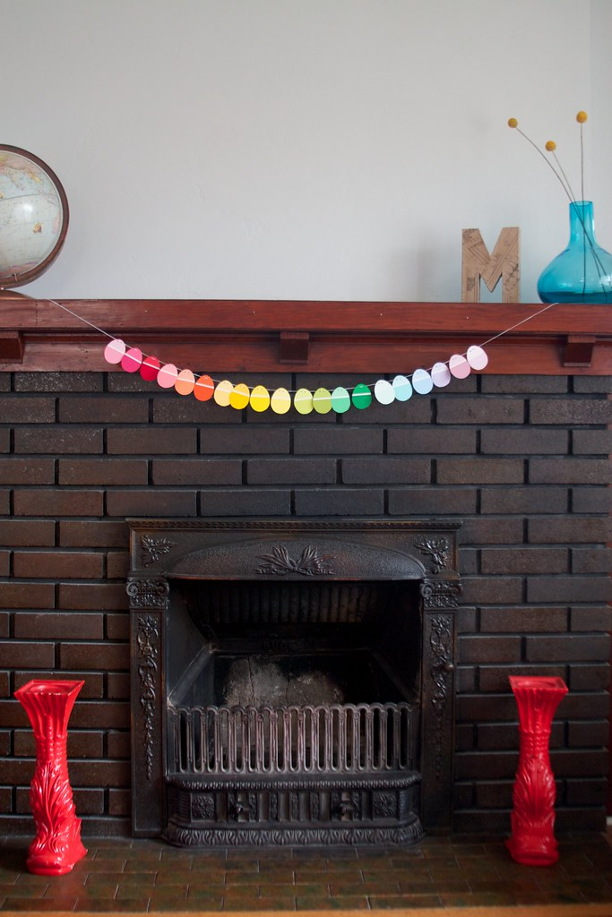 easter egg garland (1)