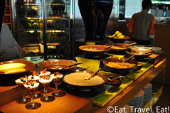 Island Shangri-La Cafe Too: Cereals (Eat. Travel. Eat!) Tags: food breakfast hongkong restaurant hotel central resort international buffet nikkor preparation hongkongisland admiralty pacificplace 18105 28300 swire islandshangrila cafetoo casualdining shangrilahotelsandresorts nikond90 eattraveleat forbes5star