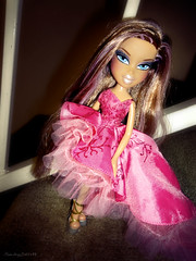 ~Don't Be Late Before Midnight~ (RainbowDoll489) Tags: pink fashion concert fierce live rare bratz in nevra rainbowdoll489