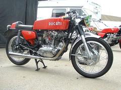 Ducati 350cc (gueguette80 ... non voyant pour une dure indte) Tags: old france bike race mono italian course single ducati circuit nord motos lezennes motorrad anciennes 350cc italiennes monocylindre lillerijsel