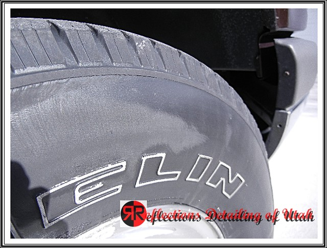 Tuf Shine Curbed tire