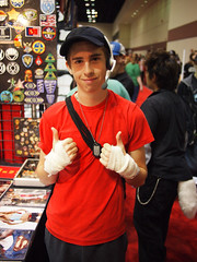 Scout! (Fernando Lenis) Tags: pen orlando photos cosplay scout olympus fernando fl megacon cosplayers 2011 lenis tf2 epl1