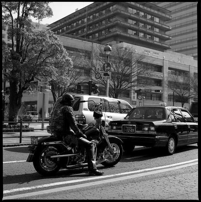 橫濱 哈蘇 B&W