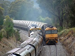 passing trains (sth475) Tags: railroad summer wet train clyde diesel grain railway overcast loco australia nsw limestone locomotive gloom ge freight damp southernhighlands emd mainsouth nr47 8131 8136 81class goninan nrclass nr88