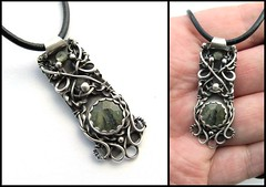 silver and green garnet necklace