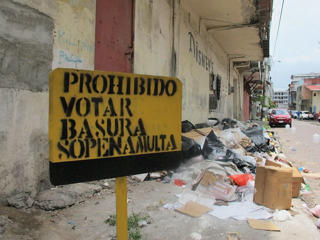 """Prohibido votar basura"""