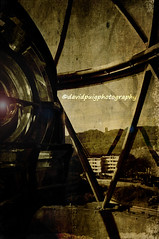Inside / Interior (davidpuig | photography) Tags: barcelona light espaa lighthouse texture textura luz canon faro spain catalonia catalunya maresme 2009 catalua virado toning calella espanya 450d photoshopcreativo