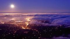 The Unseen Sea on Vimeo by Simon Christen (ramiint) Tags: ocean sanfrancisco california city light sunset sea moon fog skyline night clouds timelapse vimeo waves glow fullmoon moonrise bayarea moonset unseen theunseensea vimeo:id=15069551