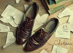 Vintage Wingtip Shoes (Andy S. Foster) Tags: lighting wood old andy fashion floors canon vintage paper studio army photography book high shoes photographer dress floor angle cole alien wide ripped large down books s bee advertisement used foster passed thrift commercial oxford worn mm salvation softbox 1740 mock thrifting strobe haan wingtip b800 strobist 40d