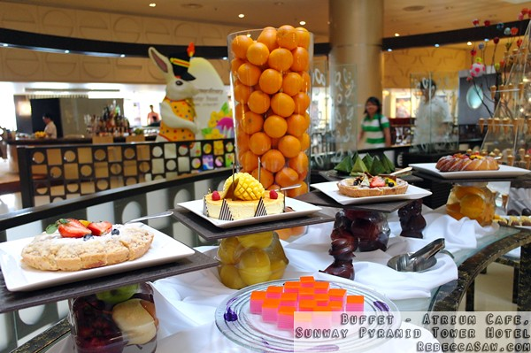 Buffet at Atrium, Sunway Pyramid Tower Hotel-57