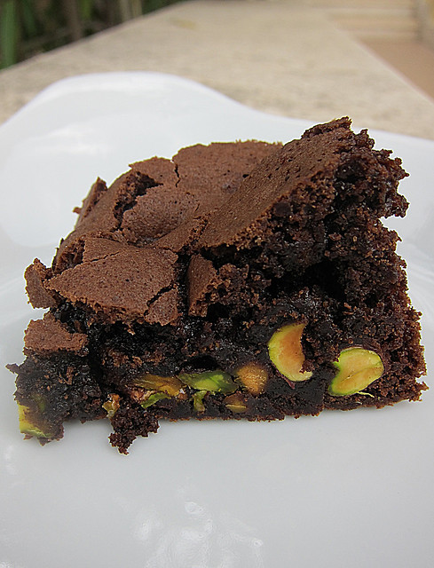 Chocolate and pistachios brownies