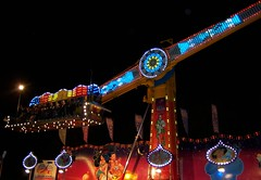 2011 Sydney Royal Easter Show: amusements 9 (dominotic) Tags: carnival motion animals night rural movement farm sydney australia games nsw newsouthwales rides produce agriculture prizes ras amusements sideshow homebush theshow artsandcrafts eastershow sydneyroyaleastershow lifestock agriculturalshow sideshowalley winaprize citymeetscountry producedisplay