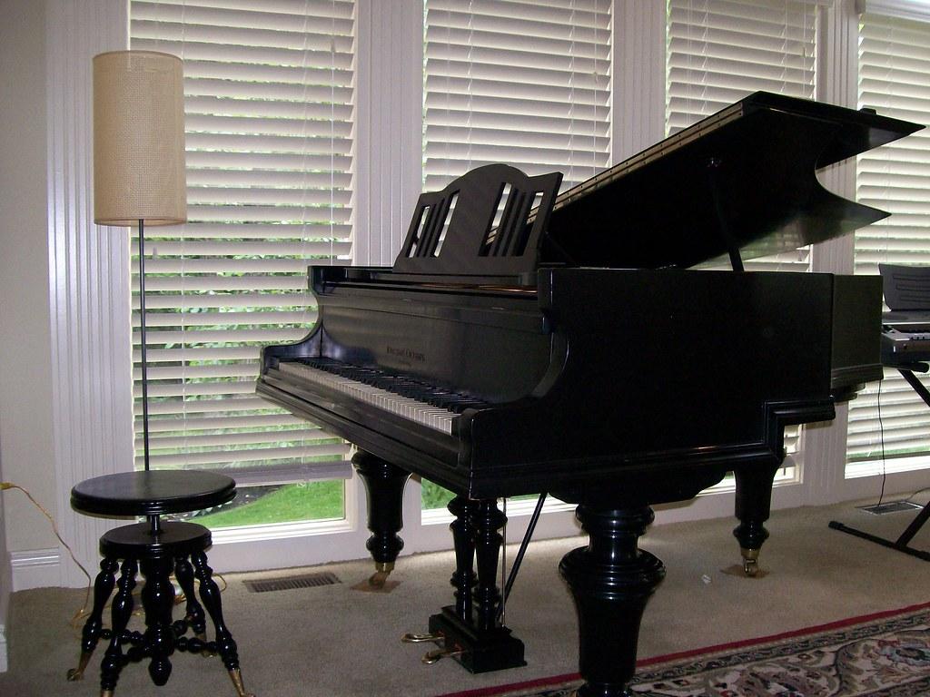 Russian Grand Piano