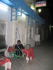 2011-01-tunesie-113-sousse-diner-restaurantdu peuple