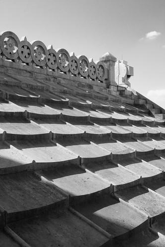 Sacré-Coeur roof tiles