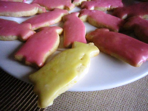 Tulip cookies frosted, take three