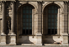 Au Pied Du Mur (florianleroy) Tags: light sun paris art architecture contrast canon magazine french relax eos vacances soleil blog interestingness interesting holidays bestof break expo louvre sleep lumire quality explorer journal award loveit explore exposition 7d excellent contraste mostinteresting backgrounds lovely press amateur btiment franais bronzage reportage sommeil meilleur blogline couverture presse qualit bronzette interessant dtente exceptionnel intressant cadrage flickraward exceptionnelle indit testflickr eos7d recherche florianleroy flickrphotoofthemonth fanfan2145 premirepage florianpictures testcanon70200mmlisf4 testcanon7d