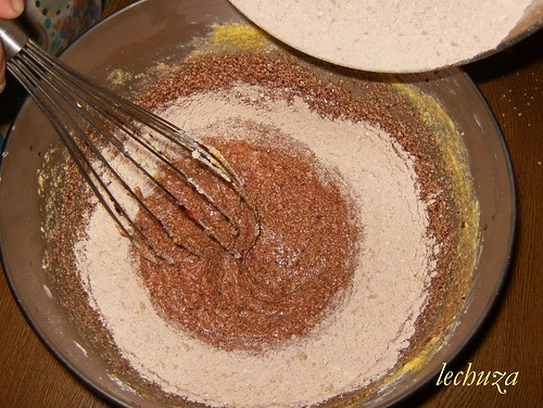 Cake de moras y choco-añadir cacao