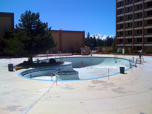 11' pool @ Horizon