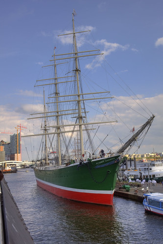 Hamburg_Ship