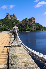 Pedra da Galinha Choca - Açude do Cedro - Quixadá (Leo Ponte) Tags: lago galinha leo ponte morte ceará salto lagoa pedra pular ce açude cedro quixadá galinhachoca quixadáce brincandeira leoponte
