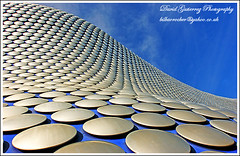 Birmingham Kaplicky Sea of Circles (david gutierrez [ www.davidgutierrez.co.uk ]) Tags: city sea urban abstract architecture birmingham jan circles selfridges futuristic futuresystems selfridgesbuilding kaplicky kaplick