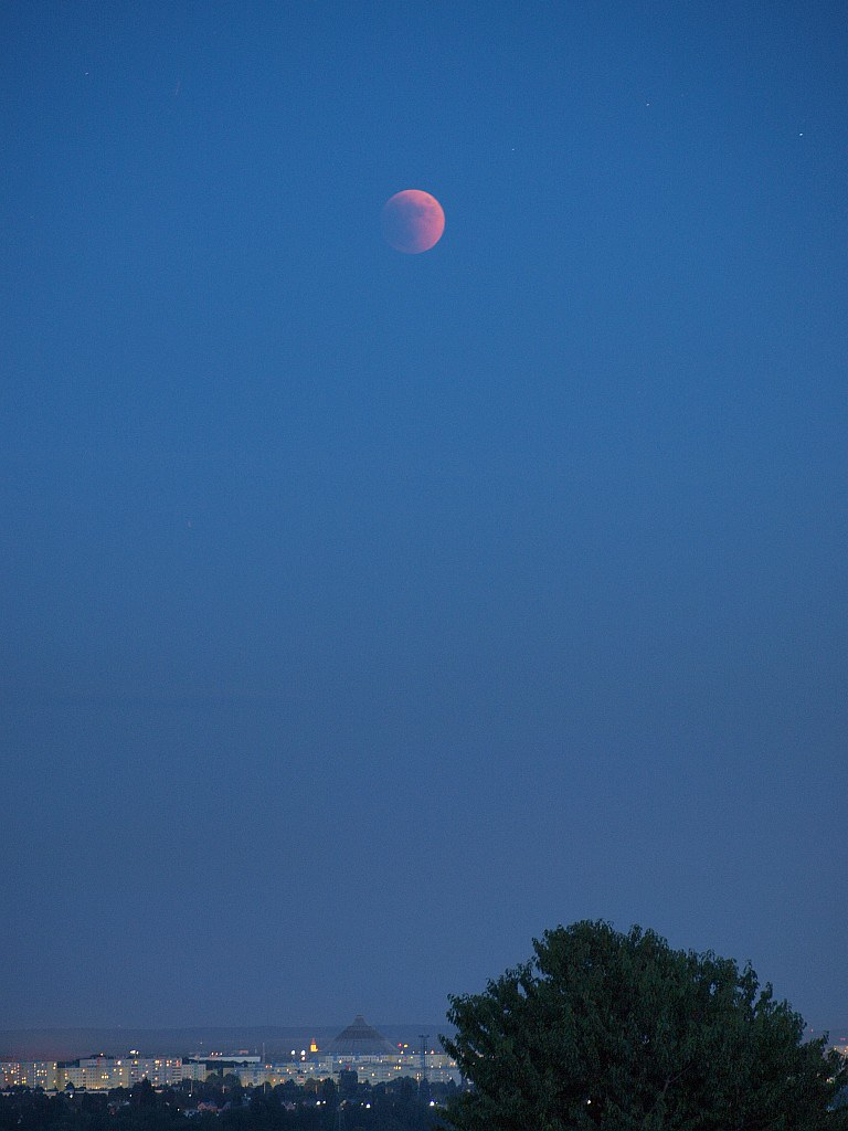 Mondfinsternis, 15.Jun.2011, 21:50 MESZ