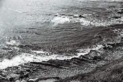 san pedro coast 2. (howard-f) Tags: black la losangeles socal electro fade southerncalifornia expired 35 yashica whiteblue expiredfilm junegloom sanpedrocoast filmisnotdead maygray expiredkodakyashicagsnyashica gsnlandscapeoceanbwblack