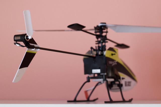 RC vrtulník, zlomená ocasní vrtulka