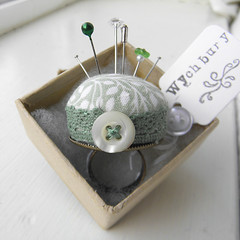 Green Leaves Pincushion Ring (Wychbury Designs) Tags: uk green leaves bronze vintage pin recycled handmade finger sewing pins ring button pearl pincushion etsy wearable folksy