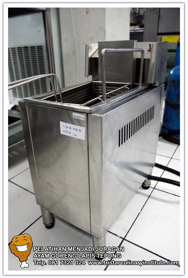 Mesin Deep Frying (Tersedia di TRISTAR) tampak samping